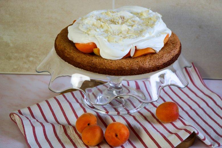 Vollkorn-Aprikosen-Torte