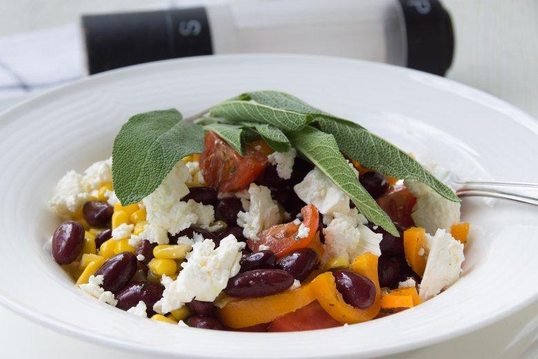 Kidneybohnen-Feta-Salat