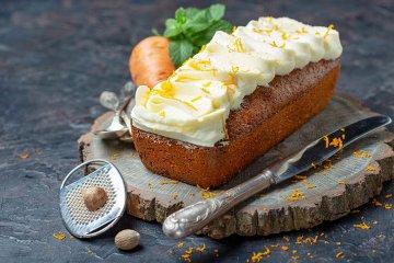 Karottenkuchen mit Nüssen
