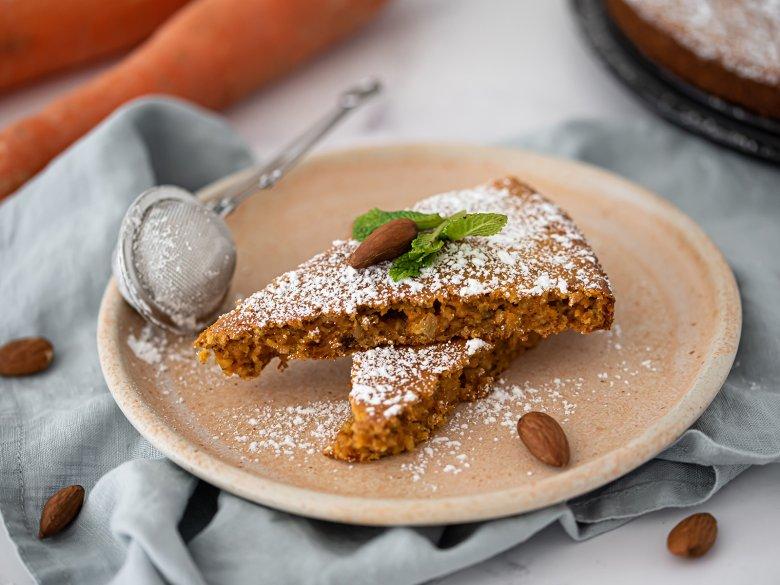 Karottenkuchen mit Haferflocken