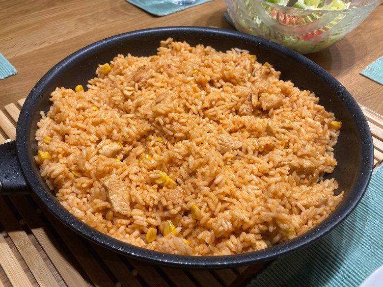Einfache Hähnchen-Reis-Pfanne