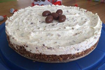 Kinder-Schoko-Bon-Torte ohne Backen