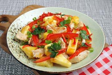 Geflügelsalat mit Ananas