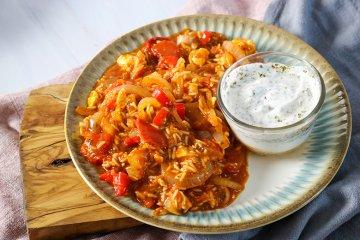 Tomaten-Reis-Pfanne mit Schafskäse