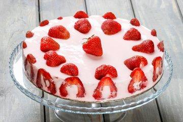Omas Erdbeersahnetorte