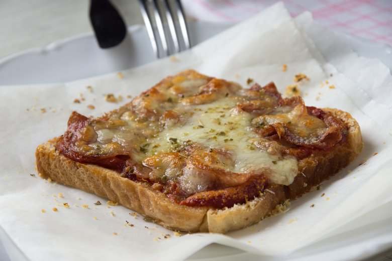 Einfacher Pizza-Toast