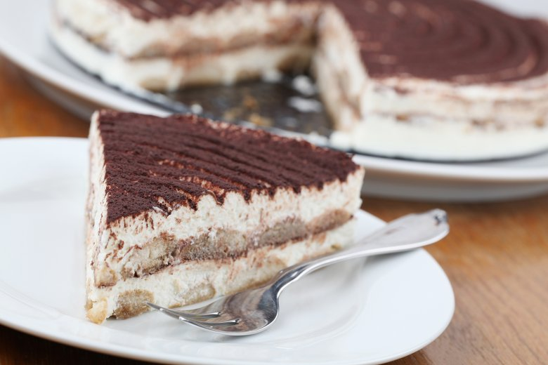 Tiramisu-Torte mit Löffelbiskuits
