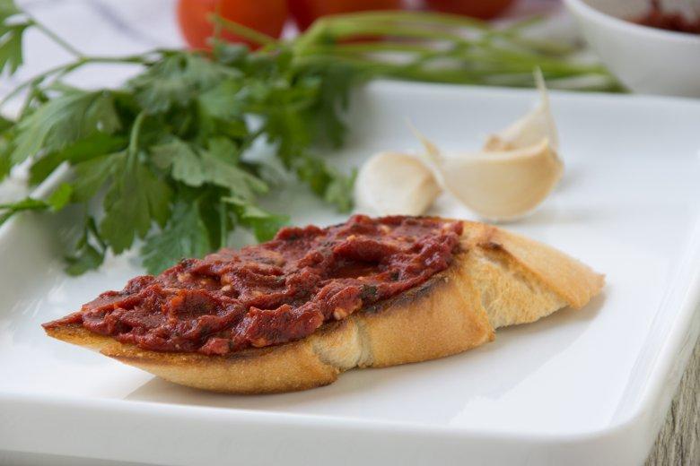 Tomaten-Knoblauch-Baguettes