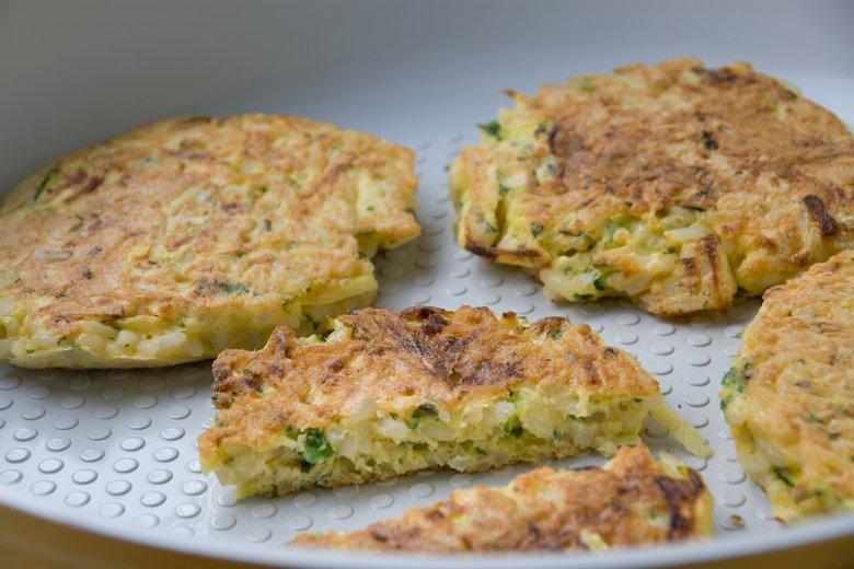 Gebratene Zucchini-Reis-Puffer