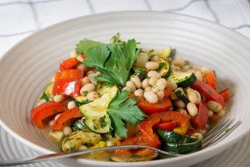 Zucchini-Paprika-Salat