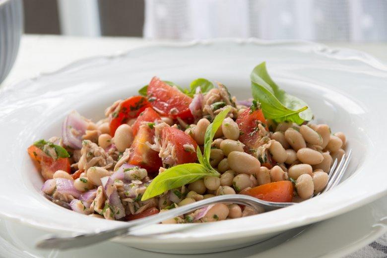 Weißer Bohnensalat mit Thunfisch