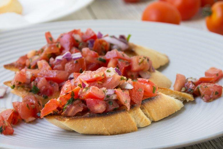 Bruschetta mit Tomatenkompott