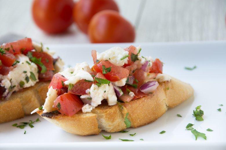 Tomate-Mozzarella Bruschetta