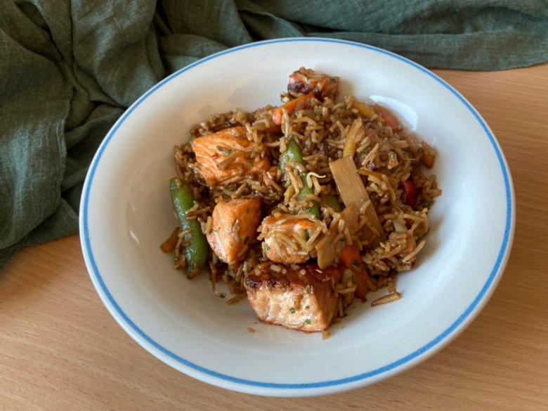 Reis-Lachs-Pfanne