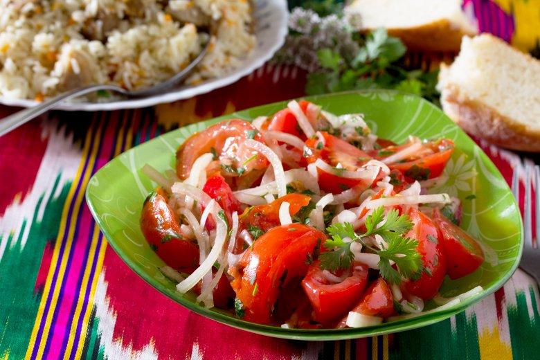 Koriander-Tomaten-Salat