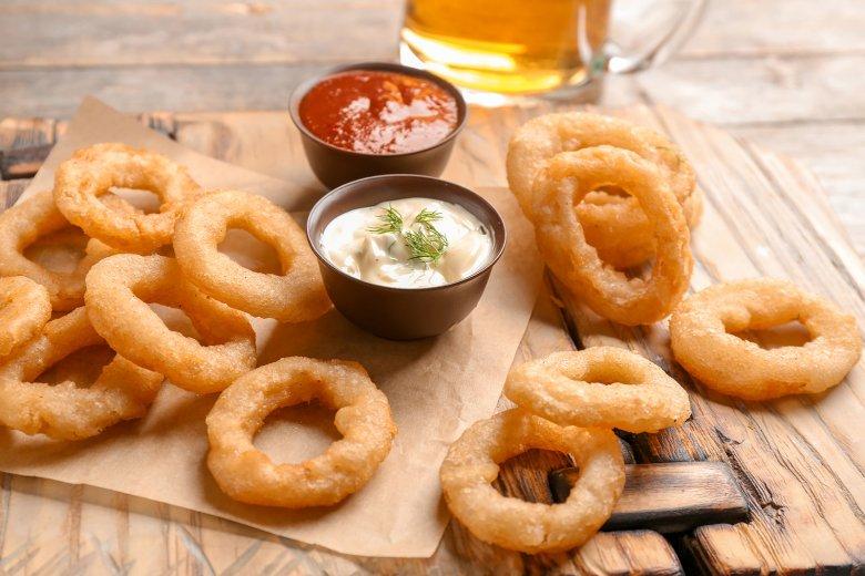 Amerikanische Onion Rings