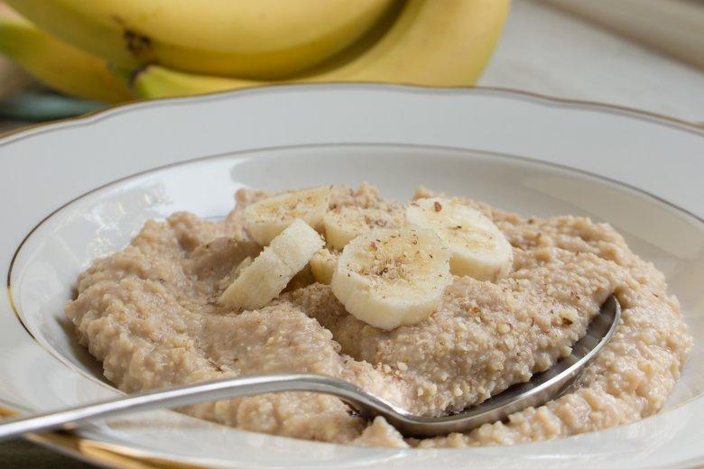 Hirsebrei mit Banane