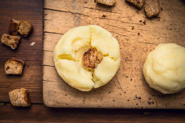 Gedämpfte Kartoffelknödel