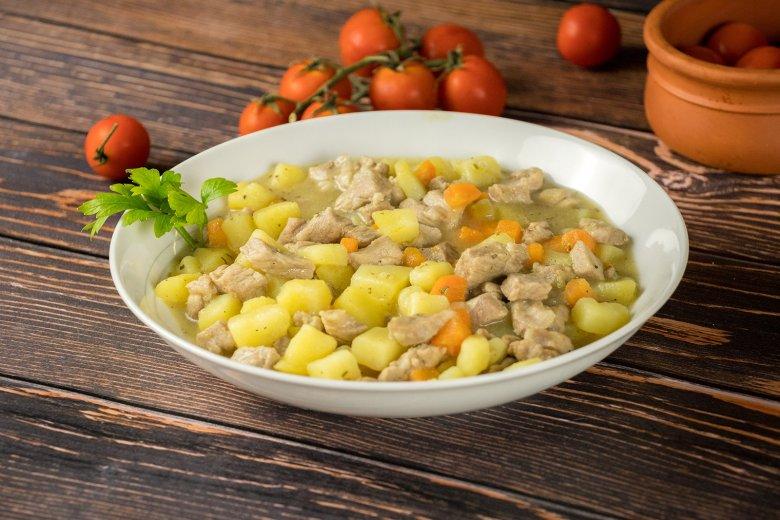 Schneller Kartoffel-Fleisch Eintopf