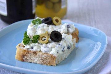 Griechischer Olivenaufstrich