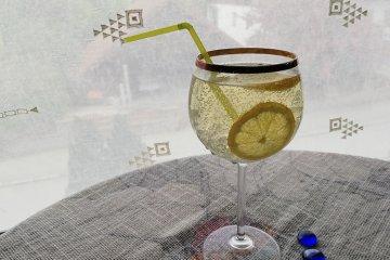 Lemon squash lemonade