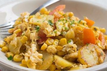 Kartoffel-Gemüse-Pfanne mit Ei