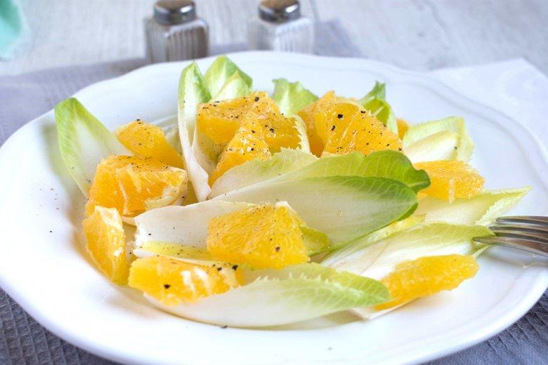 Chicoréesalat mit Mandarinen
