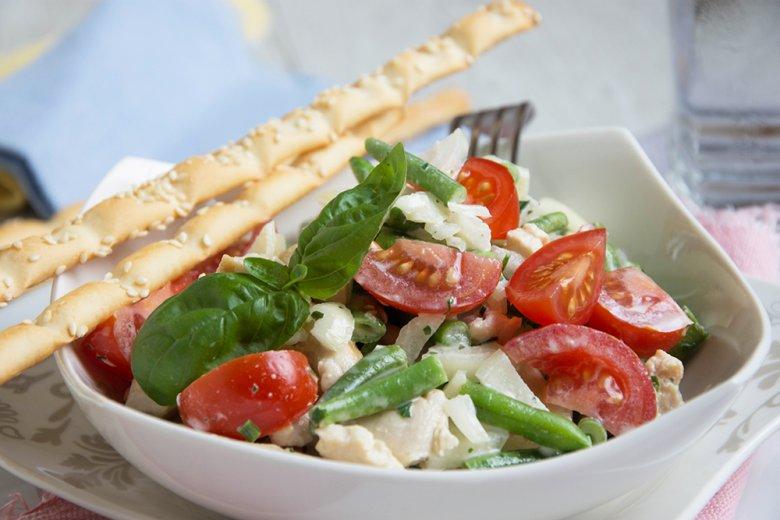 Hähnchensalat mit grünen Bohnen
