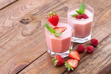 Schnelles Erdbeer-Himbeer-Mousse