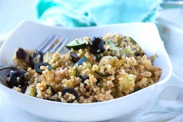 Bulgur-Salat mit Oliven