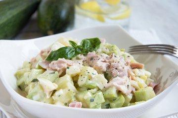 Schinkensalat mit Zucchini