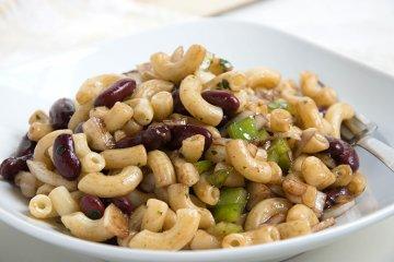 Nudelsalat mit Kidneybohnen