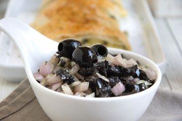 Oliven-Petersilien-Salsa
