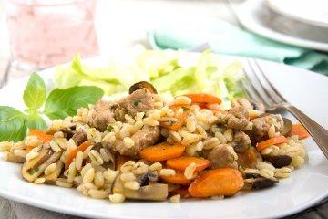 Karotten-Pilz-Pfanne mit Schweinefleisch