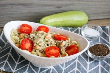 Zoodle-Salat