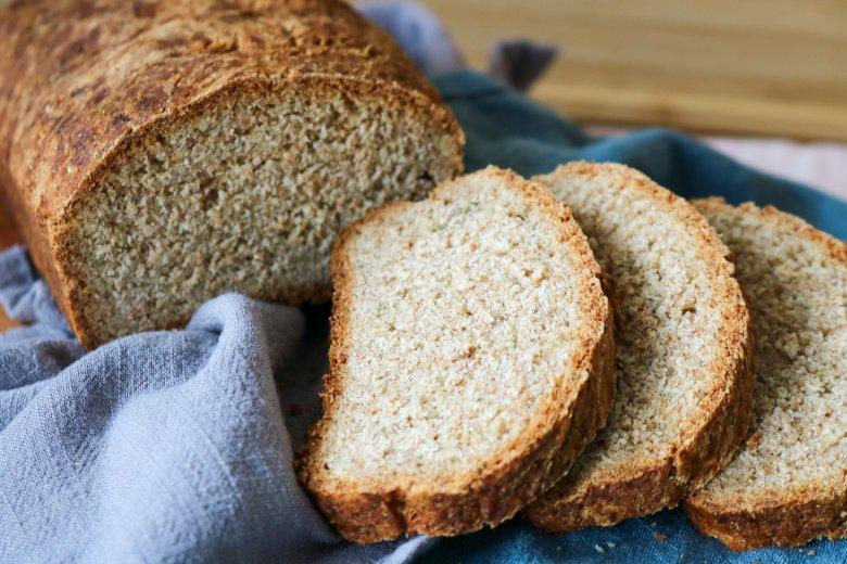 Dinkel-Kräuter-Brot