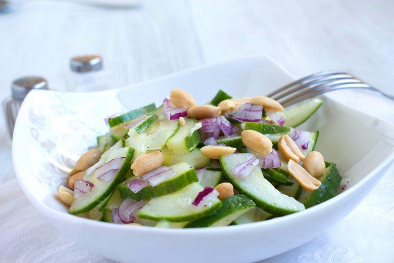 Nussiger Gurkensalat