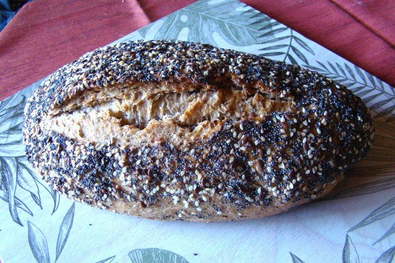 Dinkel-Gewürz-Brot