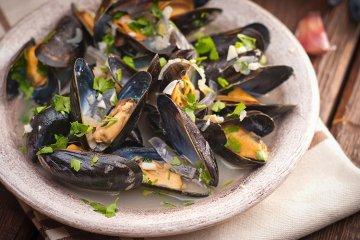 Moules marinières - Muscheln in Weißweinsauce