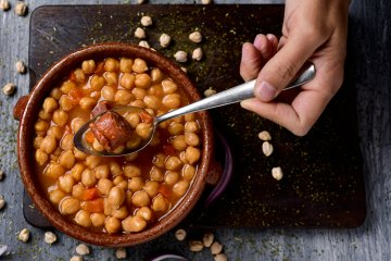 Cocido Madrileno - Spanischer Kichererbseneintopf
