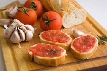 Pa amb tomáquet - Brot mit Tomaten