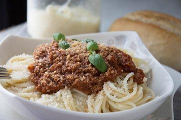 Hackfleischsauce zu Spaghetti