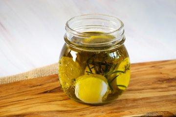 Ziegenkäse in Olivenöl