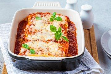 Überbackene Cannelloni mit Mozzarella-Füllung