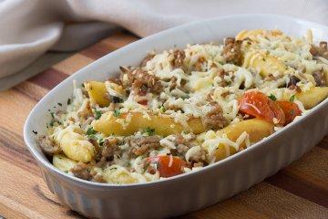 Schupfnudeln-Auflauf mit Sauerkraut und Hackfleisch