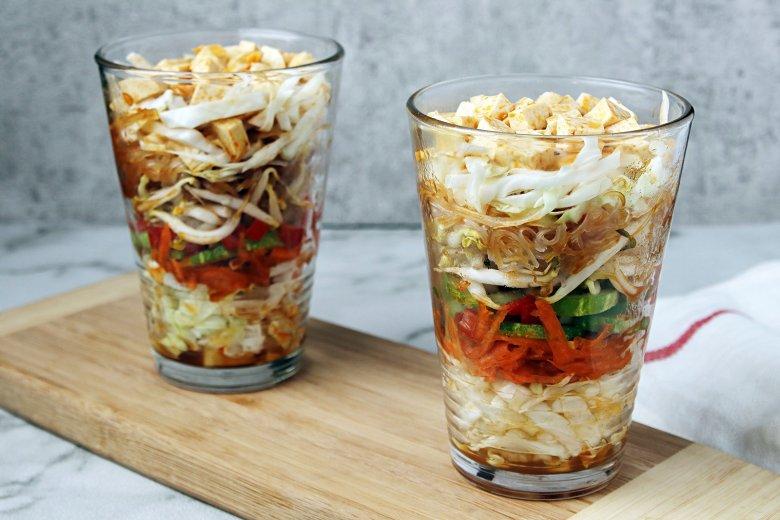 Asiatischer Schichtsalat