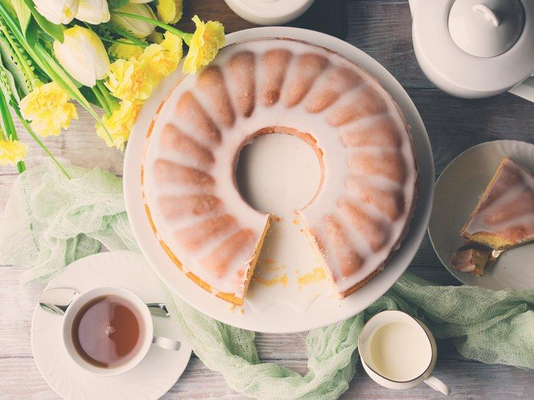 Eierlikörkuchen mit Zuckerguss
