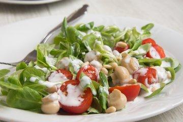 Feldsalat mit Champignons