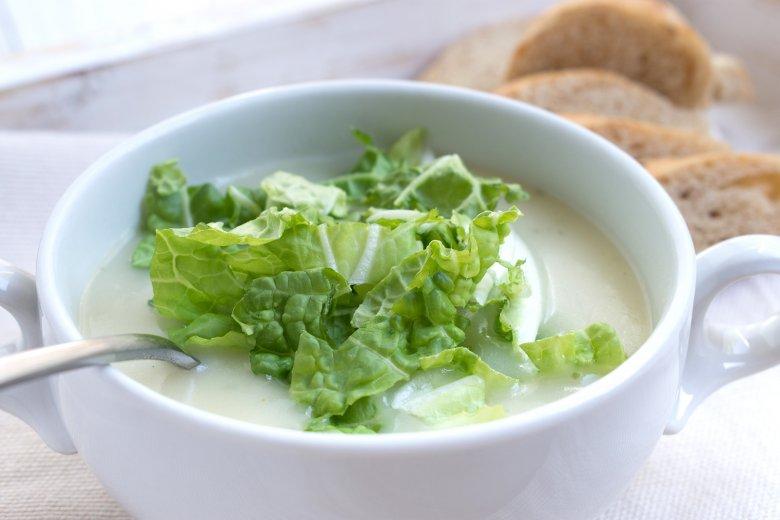 Kartoffel-Sellerie-Suppe mit Wirsing