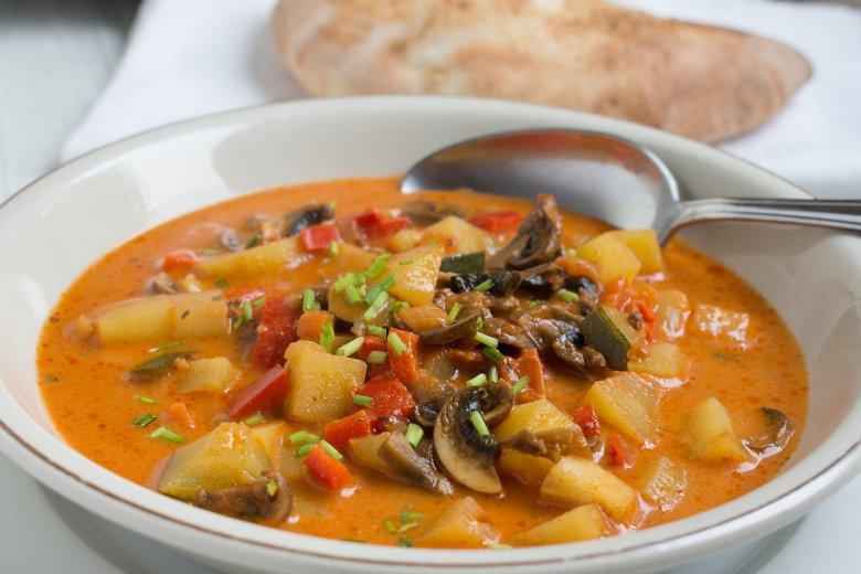 Hack-Gemüse-Suppe